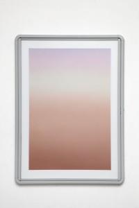 Delimited beam 1, 2015, olio, polvere di pietra calcarea, polvere di grafite su lino, teca in alluminio, vetro, 100x73 cm
